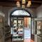 Il mondo incantato degli artigiani.....La Bottega Bedeschi a Firenze